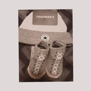3/$30😍NWT CONVERSE BOOTIE AND HAT SET